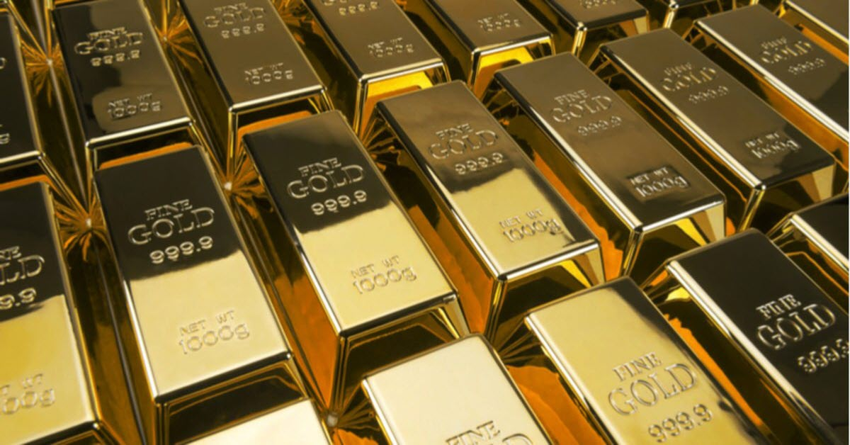 Gold Futures Trade At Seven Year High